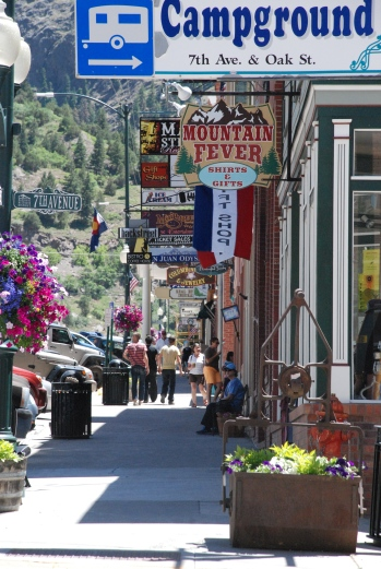 Downtown Ouray is stimulating but we opt for a trip up the canyon to morning plein air.